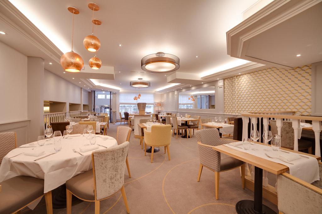 Hotel-des-Voyageurs-Restaurant-6.jpg